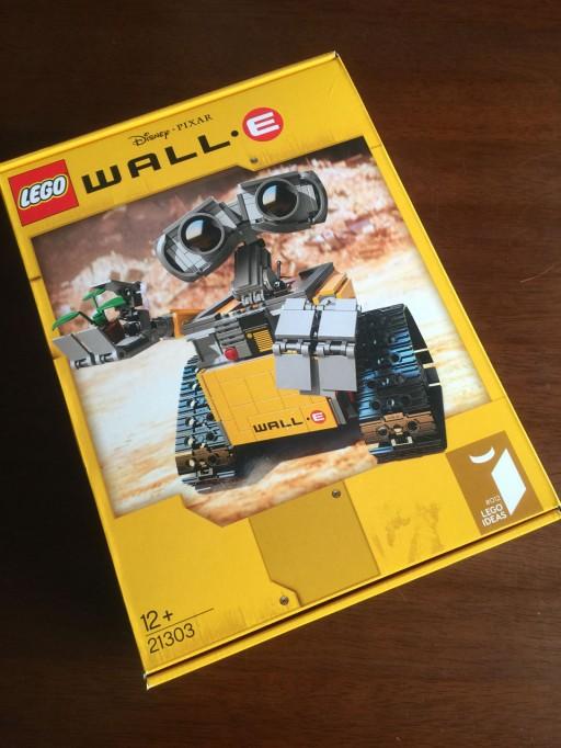 LEGO WALL-Eのパッケージ